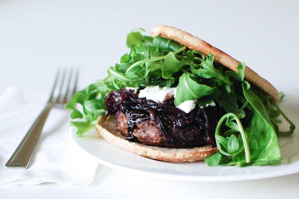 2014-06-17-10-turkeu-blueberry-onion-compote-burger